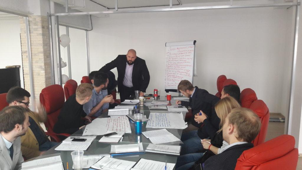 Критерии правильного отбора бизнес-тренера