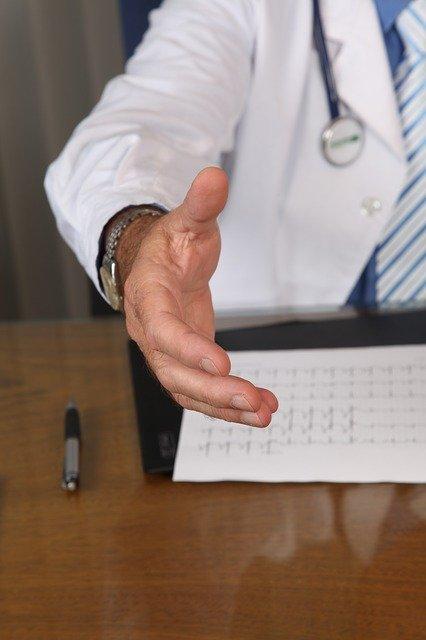 обучение техникам продаж пациентам клиники